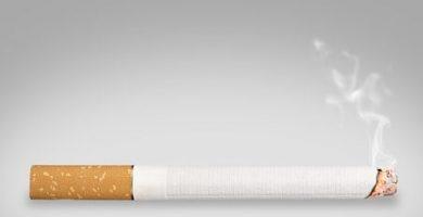 Ritual de cigarrillos para atrapar a la chica