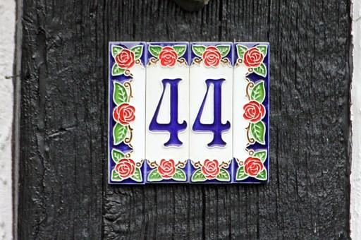 número maestro 44